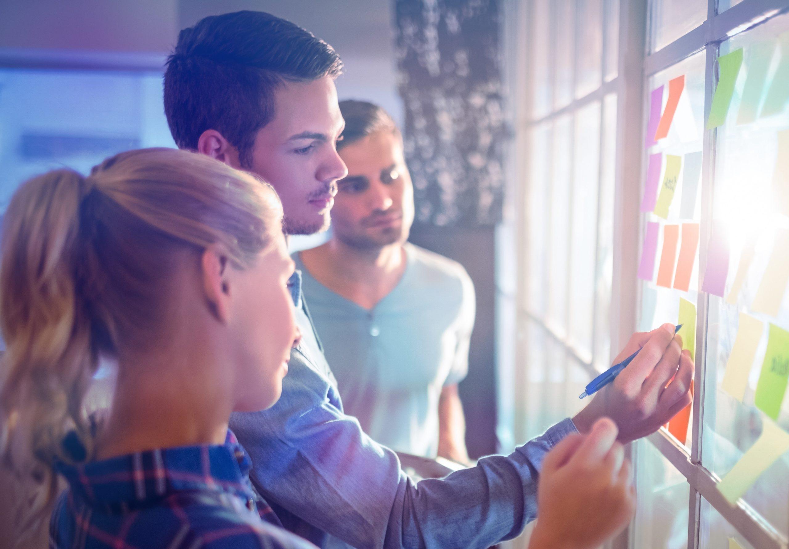 Budowanie zaangażowania pracowników – wskazówki dla menedżerów