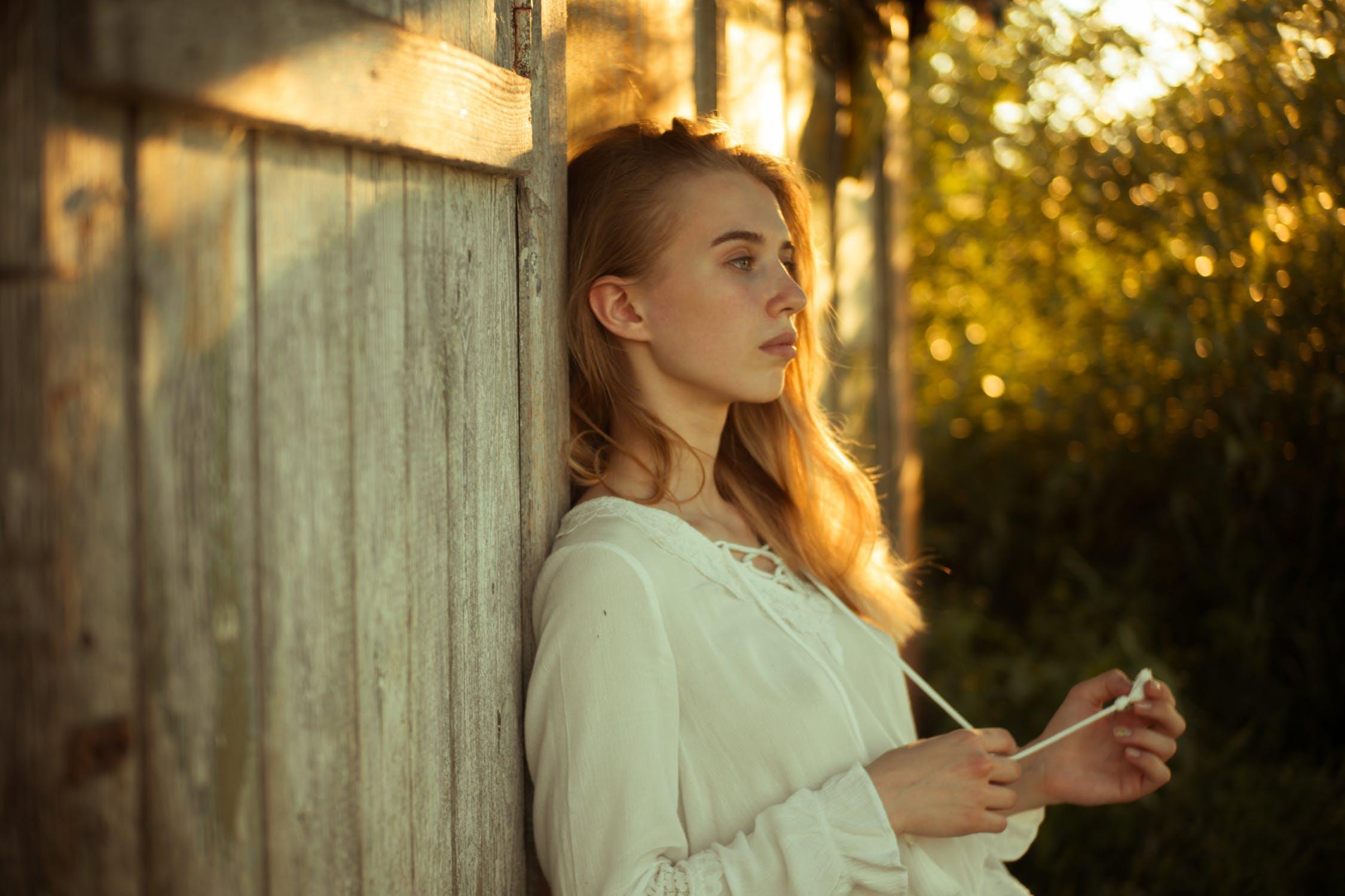 Emocjonalna deprywacja – pustynia emocji w relacjach