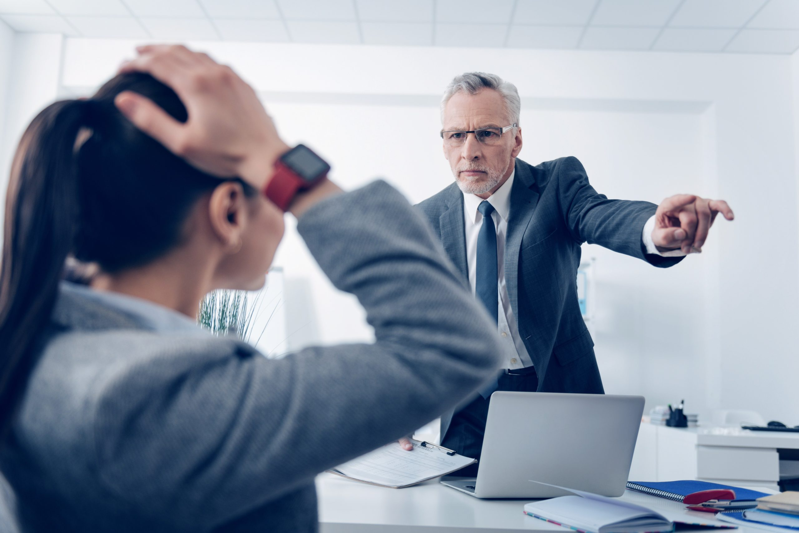Jak współpracować z trudnym szefem